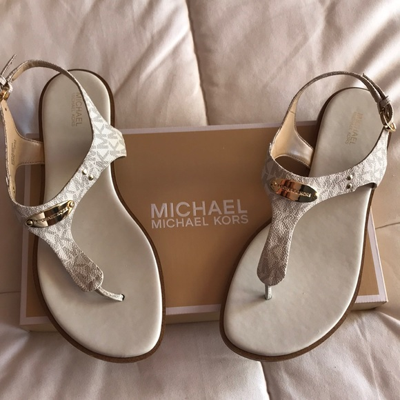 145a5c7b318 MICHAEL Michael Kors Shoes - Michael Kors Sandals - Size 10